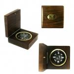 Kompass ar logo lazera gravejumu Baltron